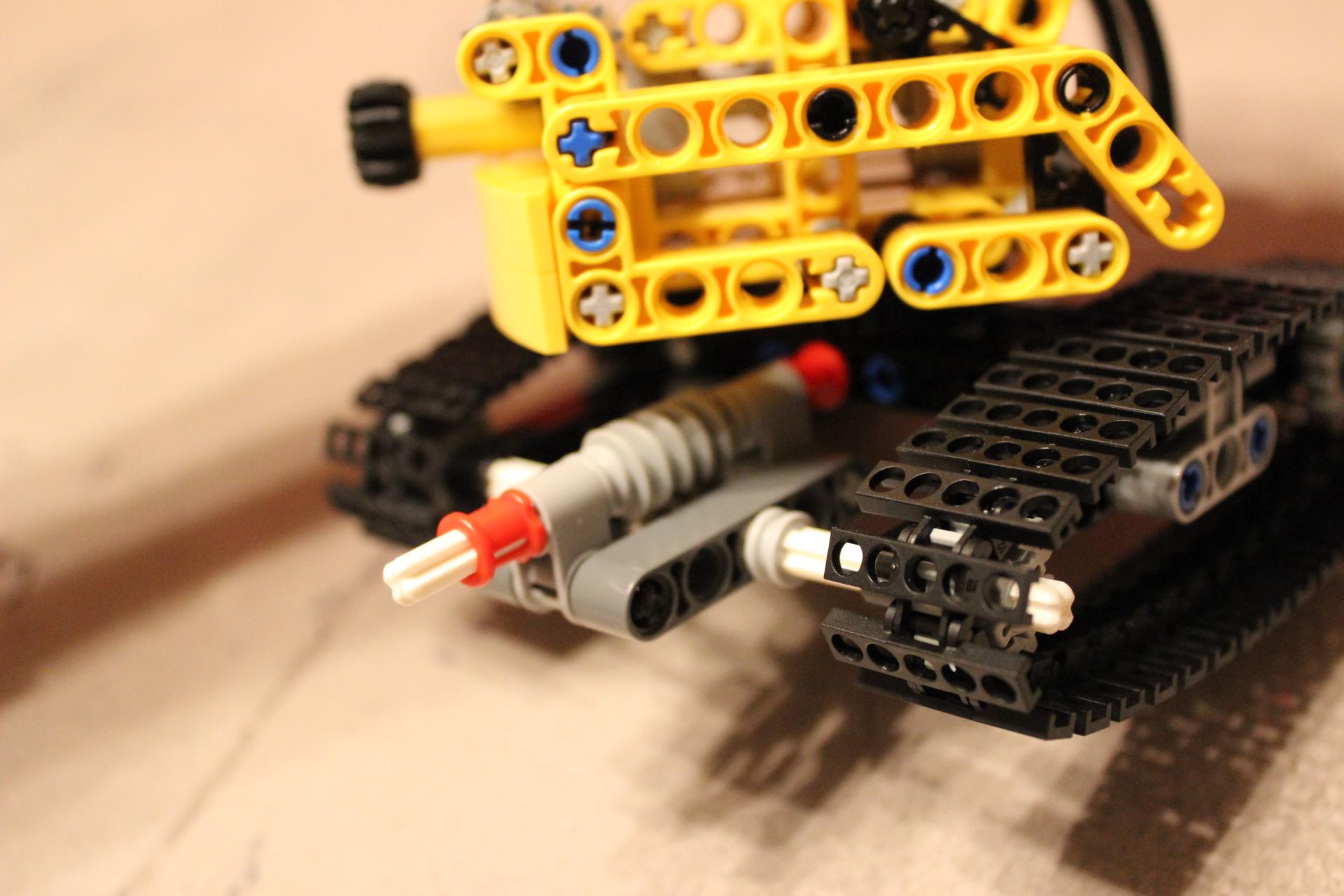 9391 Tracked Crane Trailer Modification - Worm Screw
