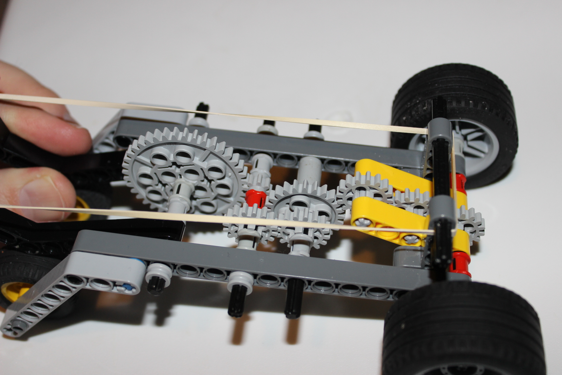 Lever-pull Wind-up LEGO Car - gear close up 2