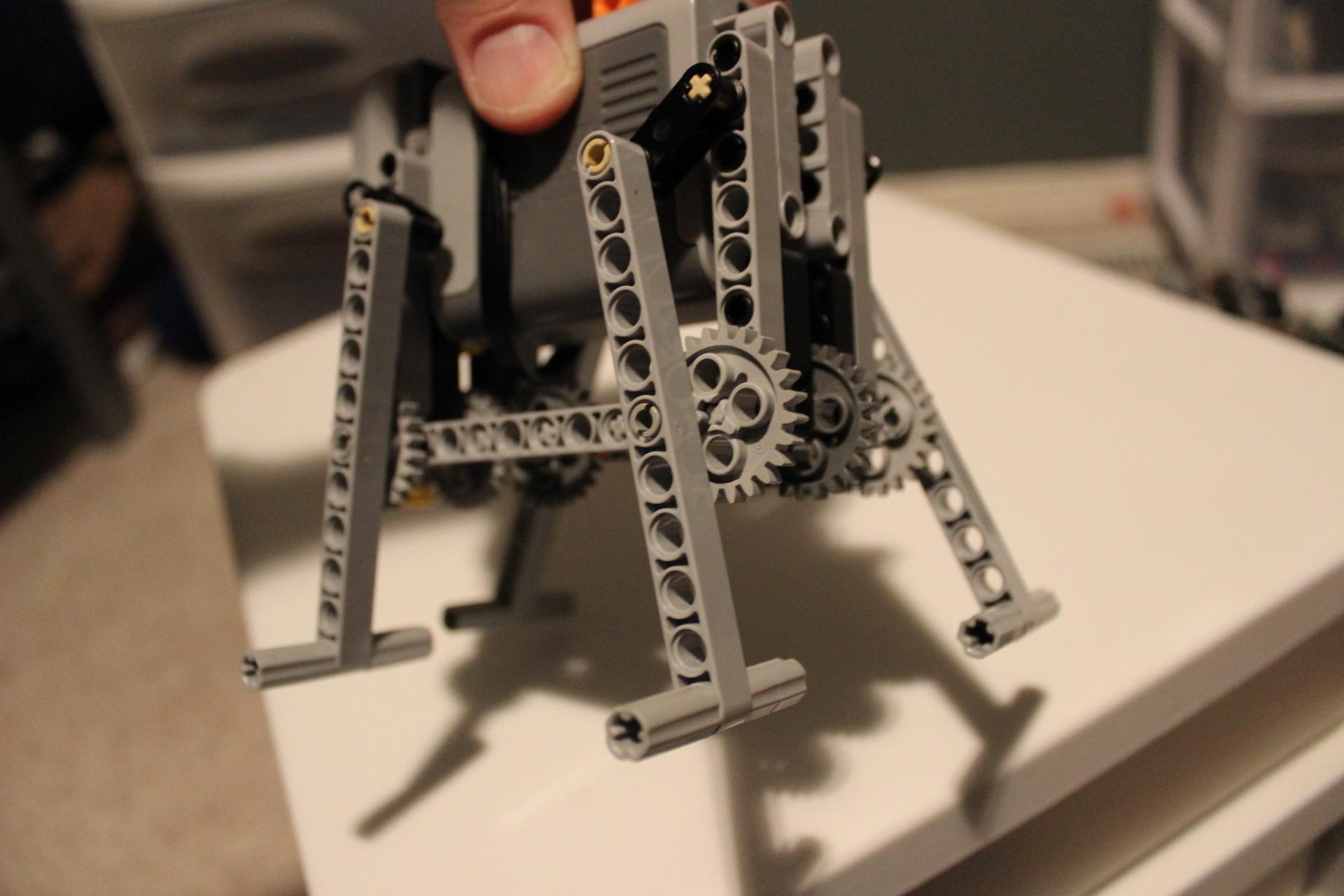 Basic Four-leg LEGO Walker - back angle