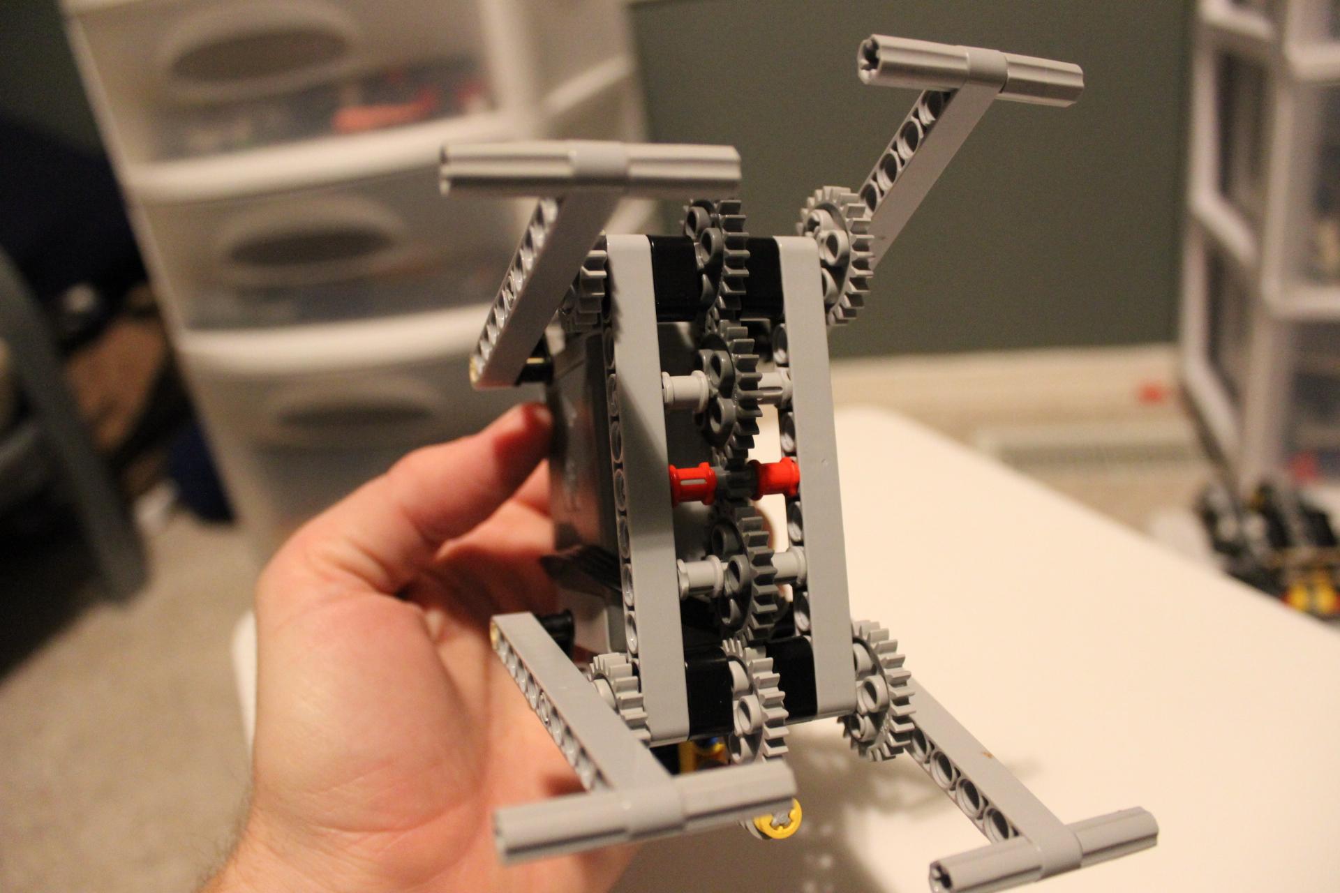 Basic Four-leg LEGO Walker - bottom
