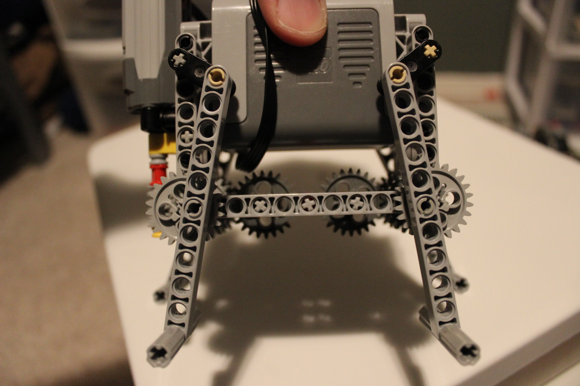 Basic Four-leg LEGO Walker - close
